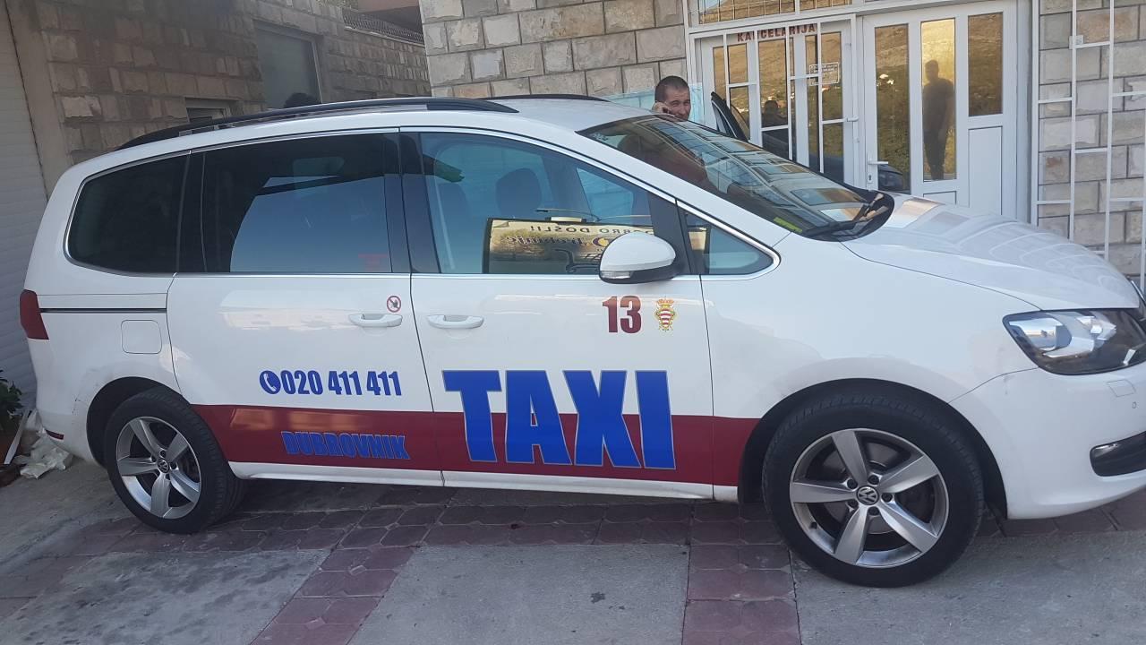 taksi-dub